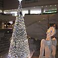 クリスマスツリーと(14. Dec.)